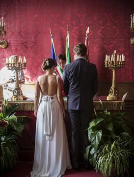 Civilní svatební obřad v centru Říma