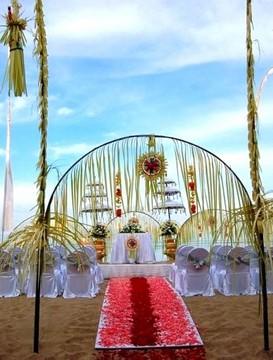 svatební balíček pro právně platnou civilní a církevní svatbu na pláži Eternity Silver
